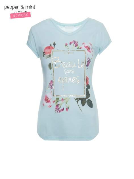 Jasnoniebieski t-shirt z kwiatowym nadrukiem i złotym napisem                                  zdj.                                  2
