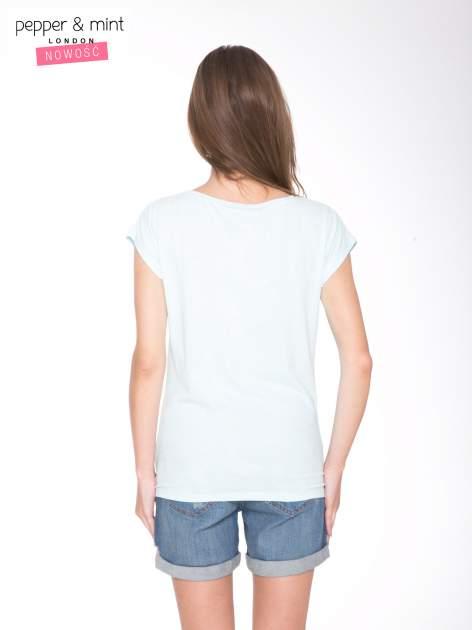 Jasnoniebieski t-shirt z nadrukiem UNTITLED COLLECTION                                  zdj.                                  4