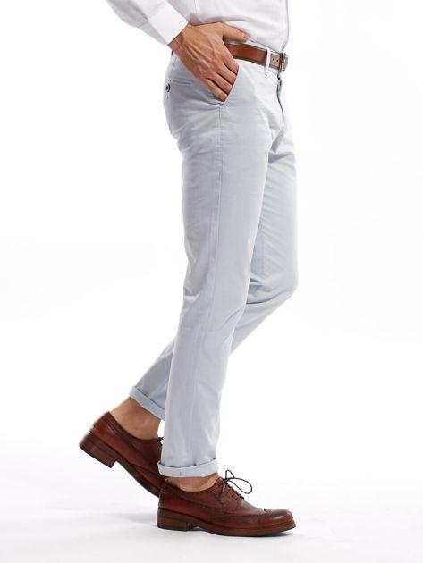 Jasnoniebieskie bawełniane spodnie męskie                               zdj.                              8