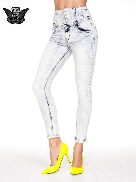 Jasnoniebieskie gorsetowe spodnie jeansowe typu skinny                                  zdj.                                  1
