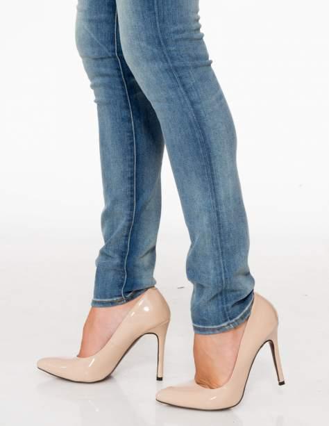 Jasnoniebieskie rozjaśniane spodnie jeansowe rurki                                   zdj.                                  9