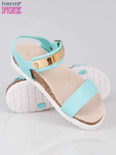 Jasnoniebieskie sandały damskie z blaszką                                  zdj.                                  4