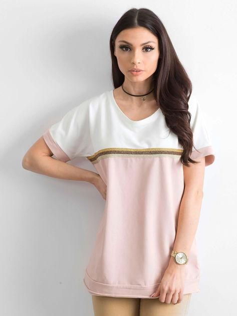 Jasnoróżowa bluzka damska z dekoltem na plecach                              zdj.                              1