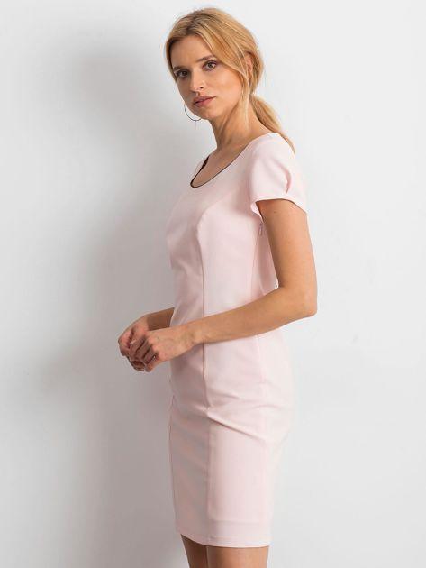 Jasnoróżowa sukienka Majesty                              zdj.                              3