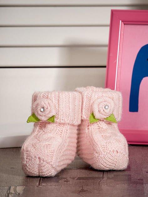 Jasnoróżowe buciki dziewczęce z kwiatuszkami                              zdj.                              3