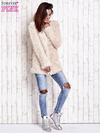 Jasnoróżowy futrzany sweter kurtka na suwak                                  zdj.                                  2