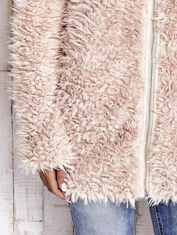 Jasnoróżowy futrzany sweter kurtka na suwak                                  zdj.                                  7