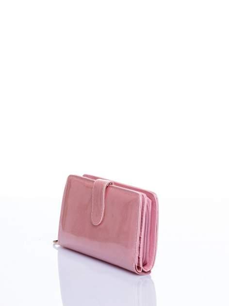 Jasnoróżowy portfel efekt skóry saffiano                                  zdj.                                  2