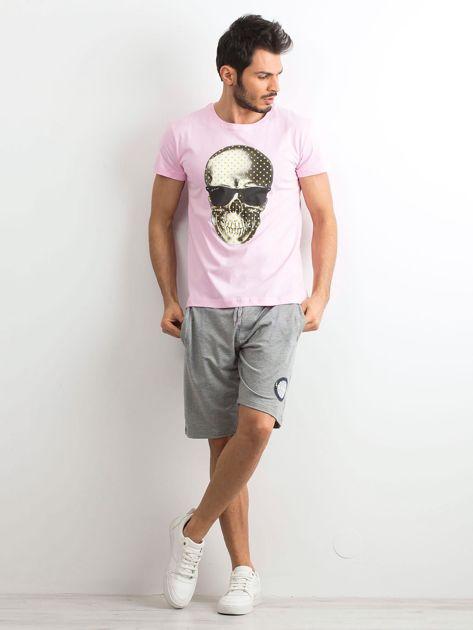 Jasnoróżowy t-shirt męski z nadrukiem                              zdj.                              4