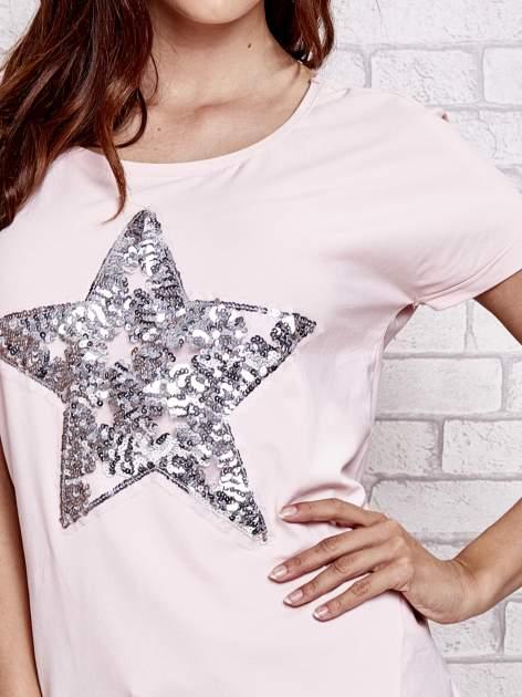 Jasnoróżowy t-shirt z gwiazdą z cekinów                                  zdj.                                  5
