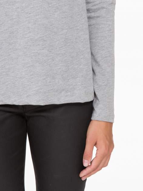 Jasnoszara basicowa bluzka z długim rękawem                                  zdj.                                  7