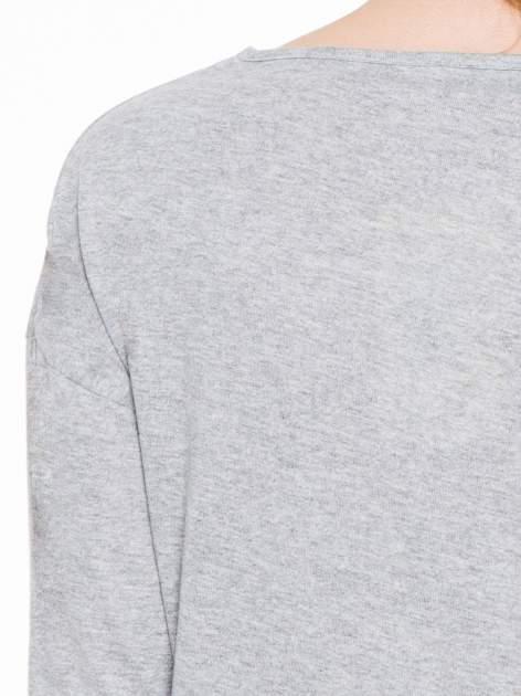 Jasnoszara gładka bluzka z luźnymi rękawami 3/4                                  zdj.                                  7