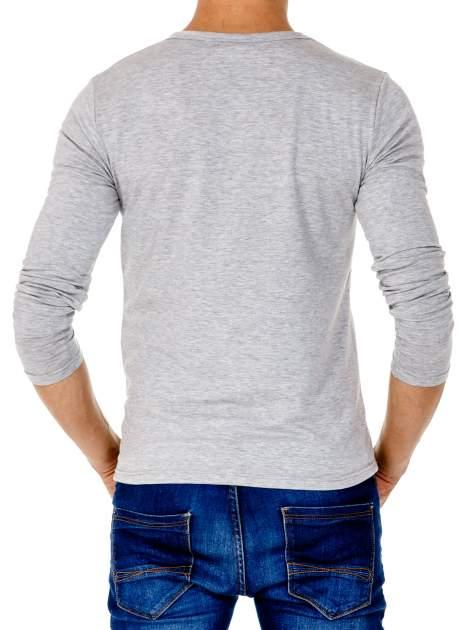Jasnoszara gładka koszulka męska longsleeve                                  zdj.                                  5