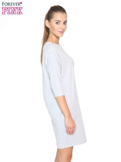 Jasnoszara sukienka dresowa z kieszeniami                                  zdj.                                  3