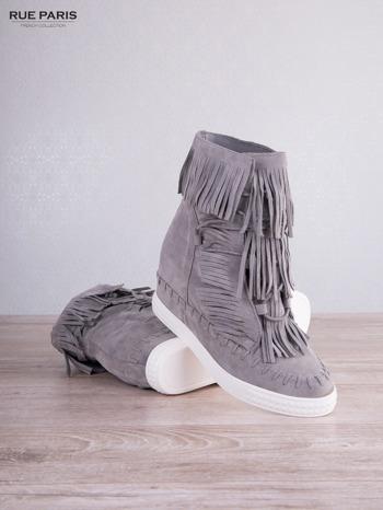 Jasnoszare zamszowe sneakersy Aravia z frędzelkami na koturnach                                  zdj.                                  3