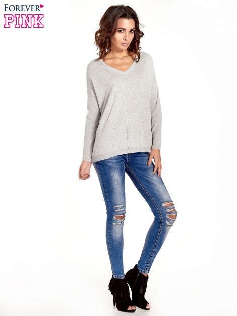 Jasnoszary sweter V-neck z rozporkami                                  zdj.                                  7