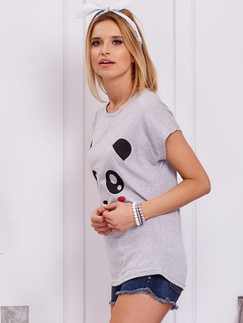 Jasnoszary t-shirt z pandą                              zdj.                              5