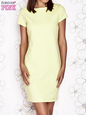Jasnozielona sukienka dresowa o prostym kroju