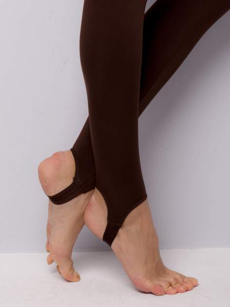 Jasobrązowe legginsy zakłdane na stopę                                  zdj.                                  6