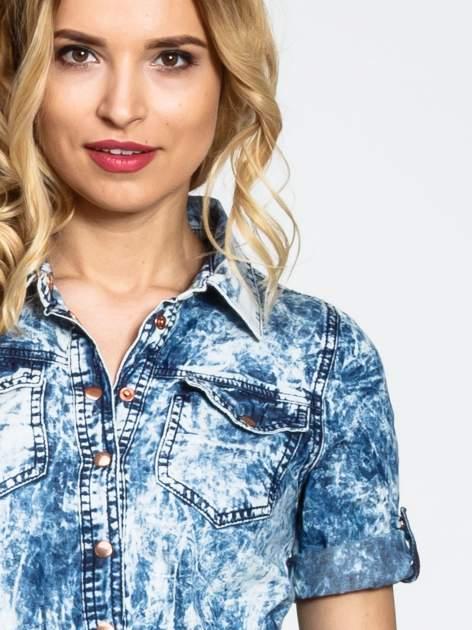 Jeansowa marmurkowa sukienka typu szmizjerka                                  zdj.                                  5