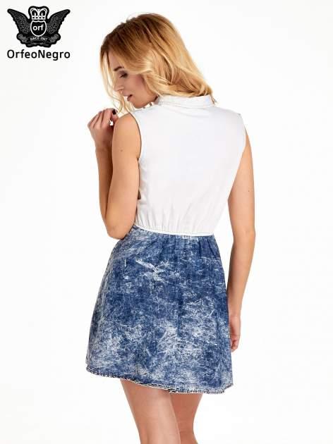 Jeansowa sukienka z efektem marmurkowym                                  zdj.                                  4