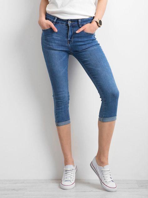 Jeansy z podwijanymi nogawkami niebieskie                              zdj.                              1