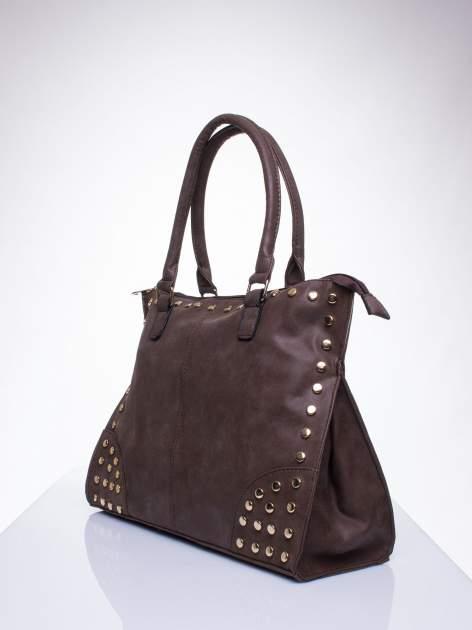 Kawowa torba shopper bag ze złotymi ćwiekami                                  zdj.                                  2