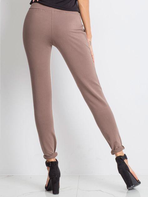 Kawowe spodnie dresowe Defined                              zdj.                              2
