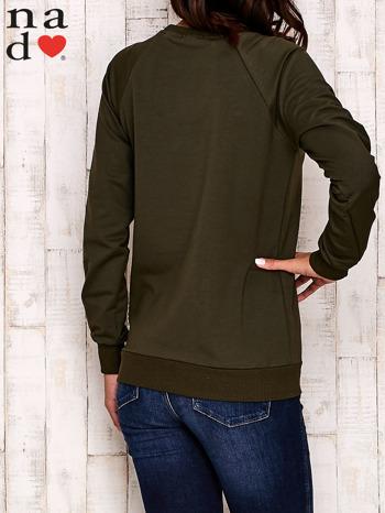 Khaki bluza z kwiatowym nadrukiem                                  zdj.                                  5