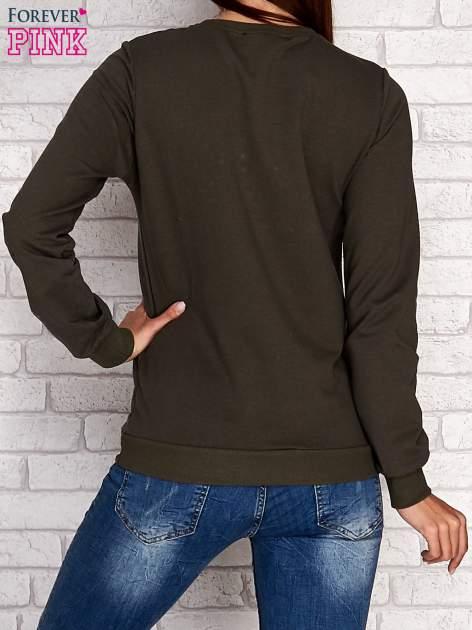 Khaki bluza z napisem JUST LOVE i perełkami                                  zdj.                                  4