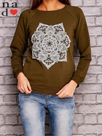 Khaki bluza z ornamentowym nadrukiem                                  zdj.                                  1