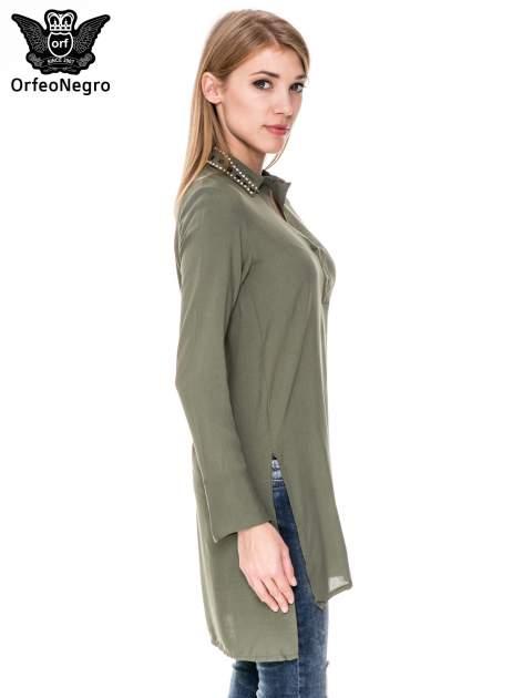 Khaki długa koszula z biżuteryjnym kołnierzykiem                                  zdj.                                  3