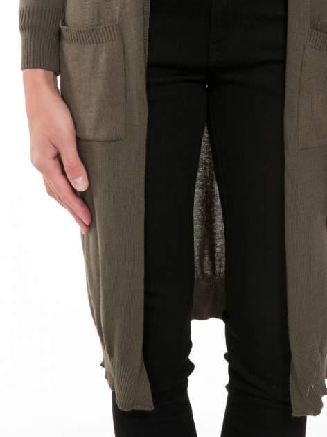 Khaki długi gładki sweter kardigan z kieszeniami                                  zdj.                                  6