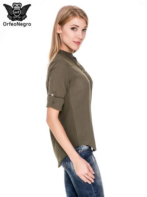 Khaki koszula z ażurowaniem na górze i kieszonką                                  zdj.                                  3