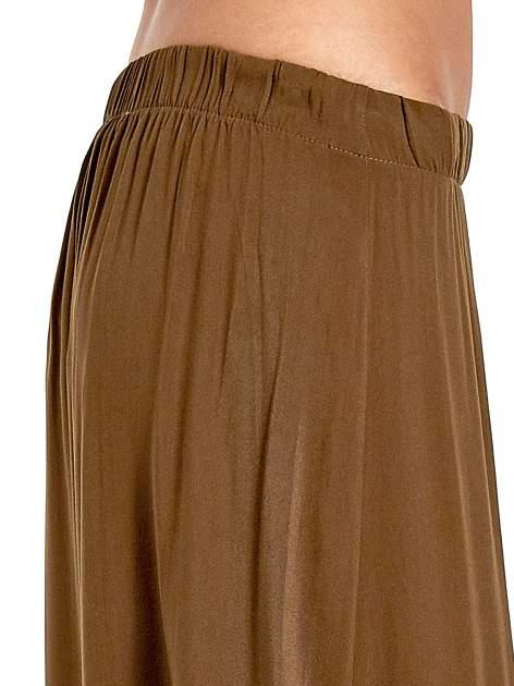 Khaki spódnica maxi z rozporkami z przodu                              zdj.                              6