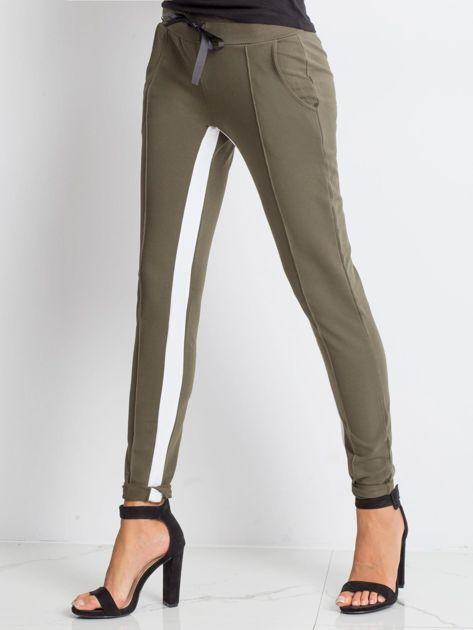 Khaki spodnie dresowe Defined                              zdj.                              3