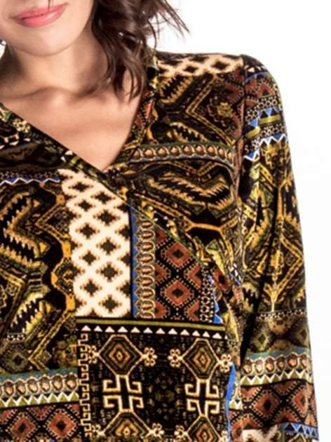 Khaki sukienka midi w patchworkowy wzór                                  zdj.                                  4