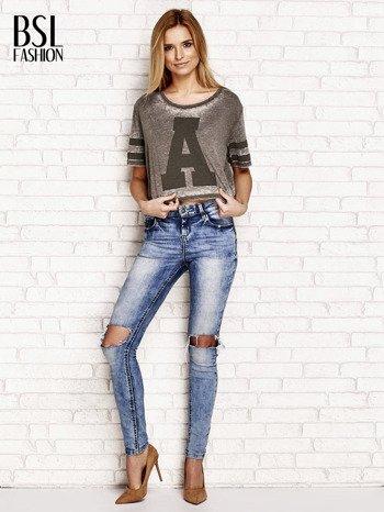 Khaki t-shirt acid wash z literą A                                  zdj.                                  4