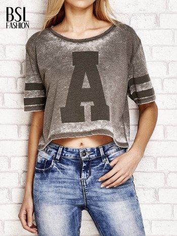 Khaki t-shirt acid wash z literą A                                  zdj.                                  1