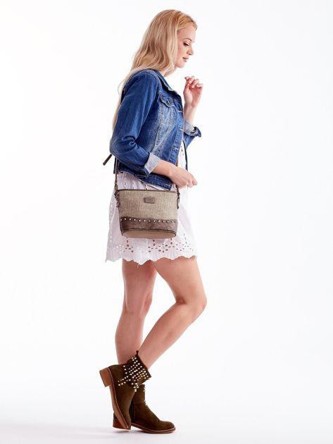 Khaki torebka listonoszka z plecioną wstawką                              zdj.                              2