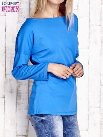 Kobaltowa bluzka z wycięciem na plecach i kokardą                                  zdj.                                  3