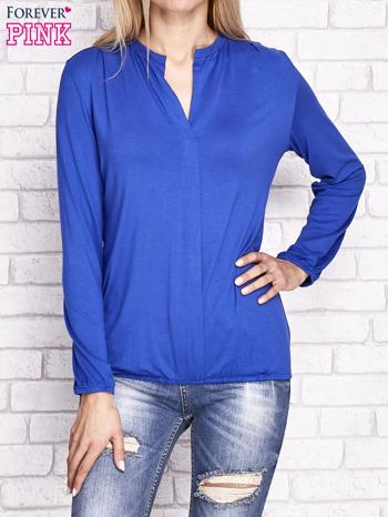 Kobaltowa bluzka ze ściągaczem na dole                              zdj.                              1