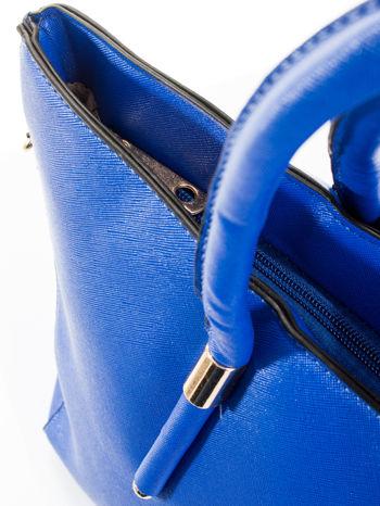 Kobaltowa torba shopper efekt saffiano                                  zdj.                                  8