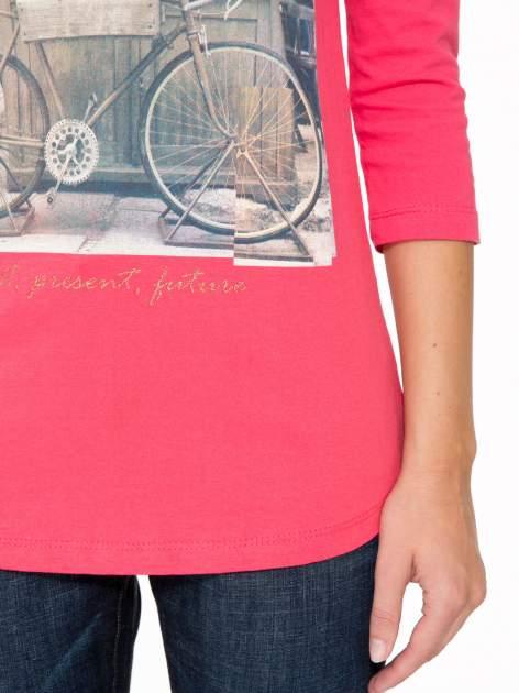 Koralowa bluzka z złotym brokatowym napisem MEMORIES                                  zdj.                                  7