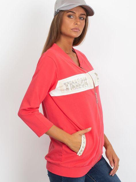 Koralowa dresowa bluza z aplikacją                              zdj.                              3