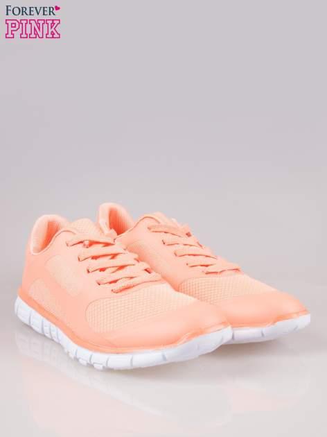 Koralowe buty sportowe eco leather Fruity z podeszwą z rowkami flex                                  zdj.                                  2