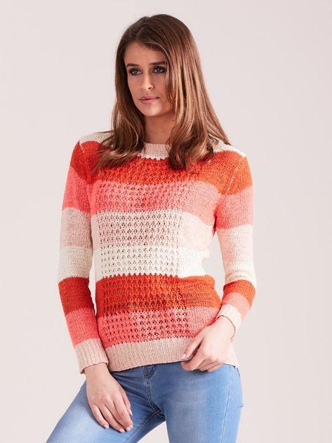 Koralowo-różowy sweter w pasy                              zdj.                              5