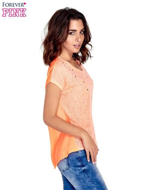 Koralowy t-shirt z kryształkami                                  zdj.                                  3