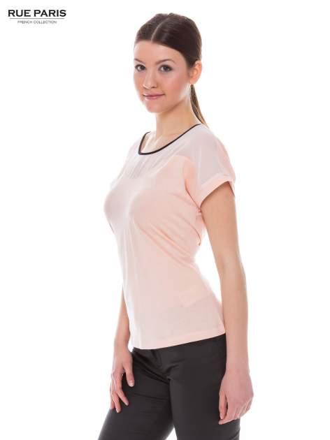 Koralowy t-shirt z siateczkową górą i kontrastową lamówką                                  zdj.                                  2