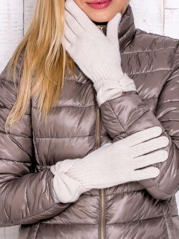 Kremowe rękawiczki z kokardą w stylu retro                                  zdj.                                  1